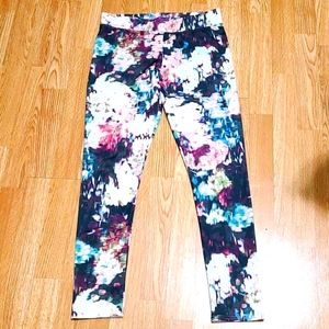 🌟AEO Abstract Floral High-rise Leggings